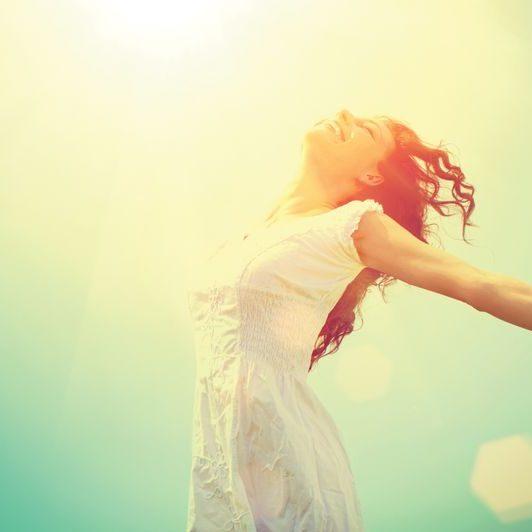 Når du har fået hypnose mod angst, kan du tillade dig selv at blive glad og fri