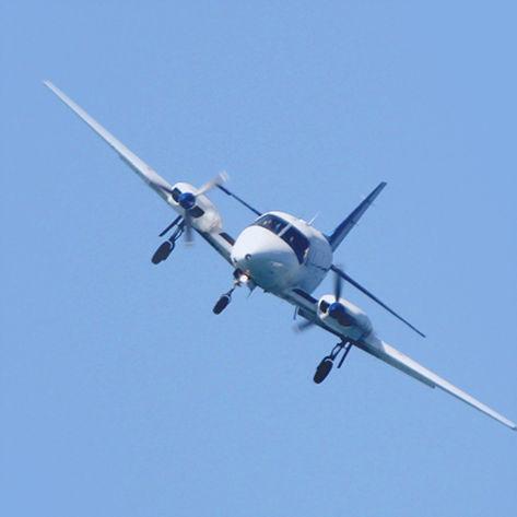 Bliver du også bange når du skal flyve eller bare ser et fly? Hypnose mod flyskræk kan være løsningen